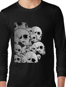 Skulls incoming - Left Long Sleeve T-Shirt
