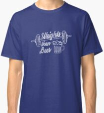 distressed style, fun gym shirt, weightlifter hobby shirt Classic T-Shirt