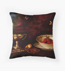 1900 - Strawberry Time Throw Pillow