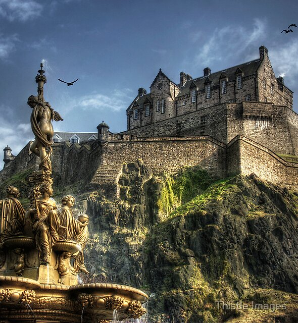 Edinburgh Castle by Thistle Images