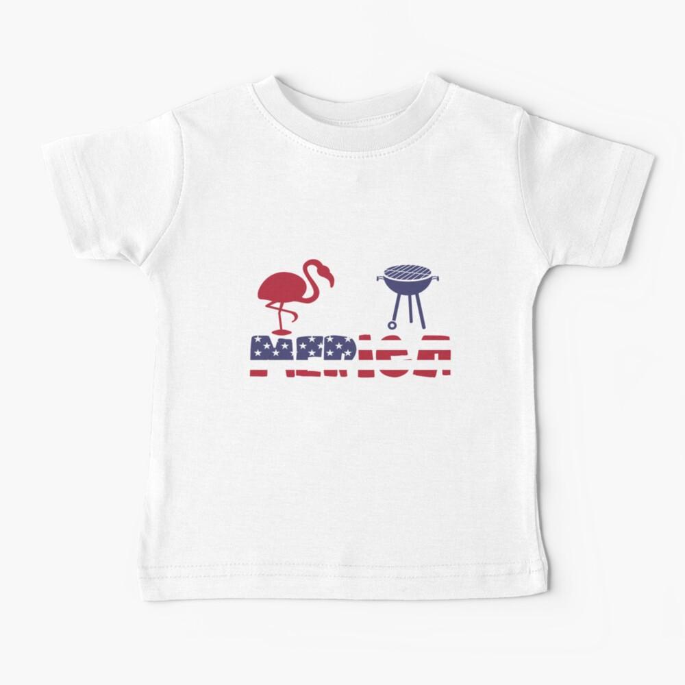 Funny Flamingo plus Barbeque Merica American Flag Camiseta para bebés