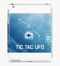 Tic Tac Ufo iPad Case/Skin