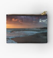 Backbeach 1 Studio Pouch