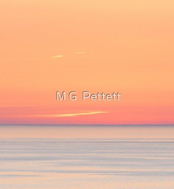 Minimalist Sunset by M G  Pettett