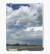Majesty Over County Road iPad Case/Skin