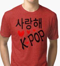 I LOVE KPOP in Korean language txt hearts vector art  Tri-blend T-Shirt