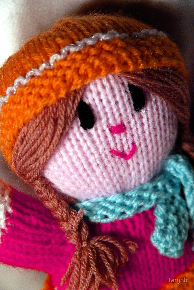 Knitted Doll by tarynb