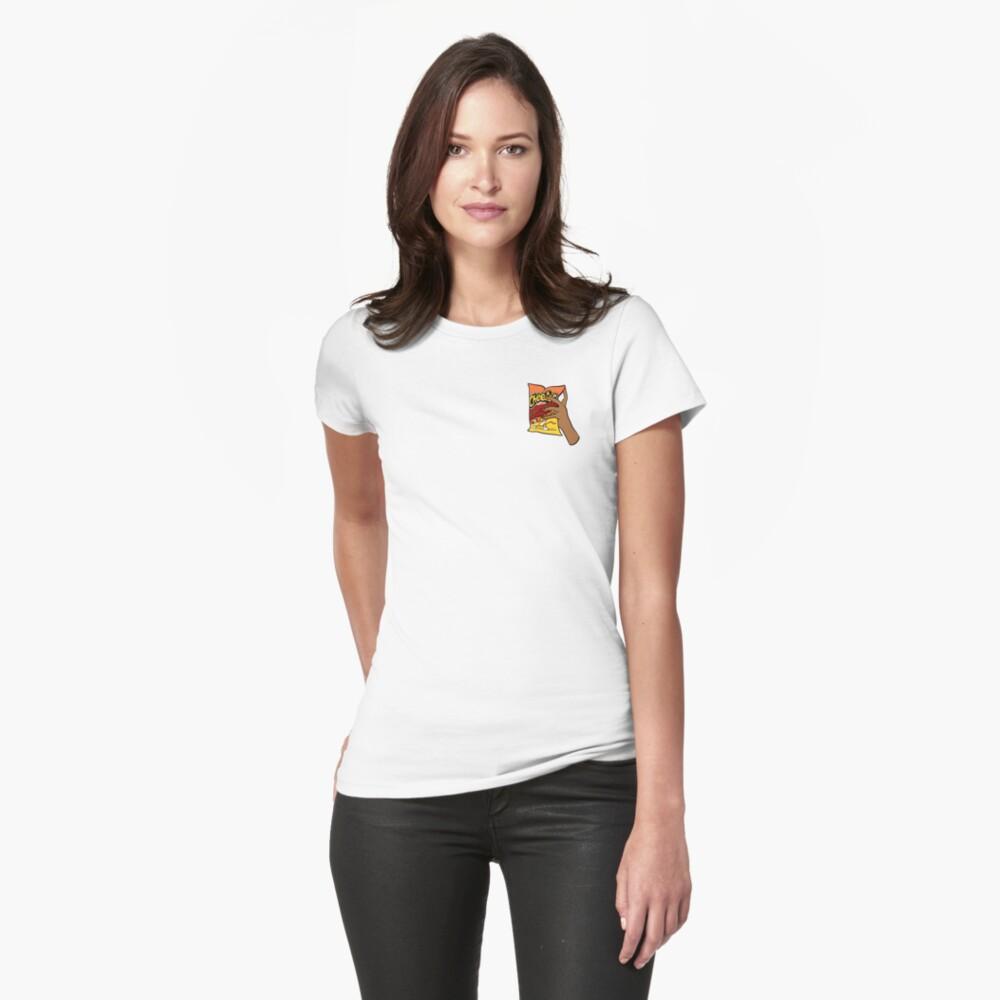 Flammende heiße Cheetos Tailliertes T-Shirt