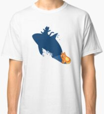 Funny Cat Surfer Tshirt -Cat Gifts for Cat and Whale Lovers  Classic T-Shirt
