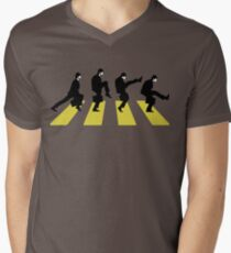 Ministry of Silly walk | Cult tv  Best of British | Monty Python Men's V-Neck T-Shirt