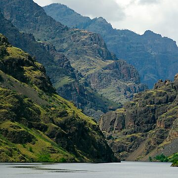 Hells Canyon Northbound. by Fergyphotos