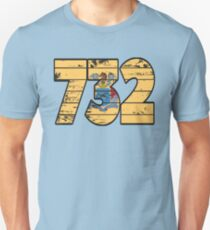 LOVE THAT  732 LIFE - YOUR FAVORITE AREA CODE WITH A HEAVY WOOD OVERLAY DISTRESS Unisex T-Shirt