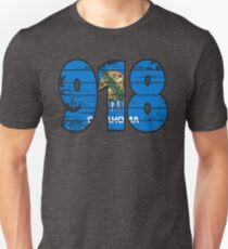 LOVE THAT  918 LIFE - YOUR FAVORITE AREA CODE WITH A HEAVY WOOD OVERLAY DISTRESS Unisex T-Shirt