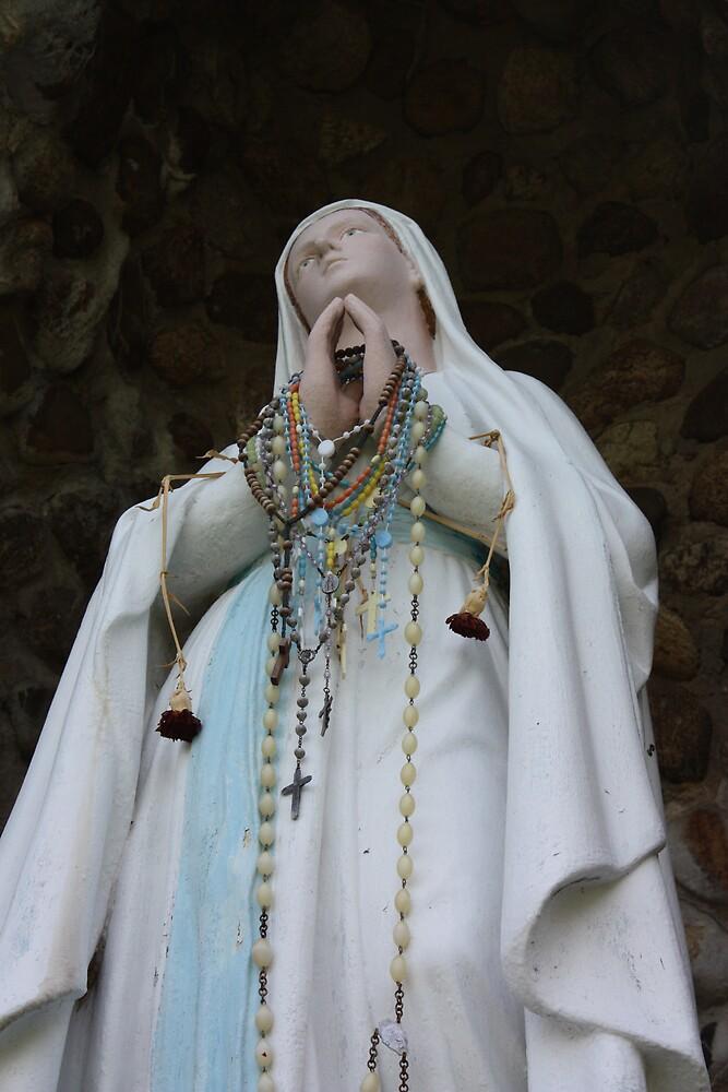 Faith by CrisPizzio