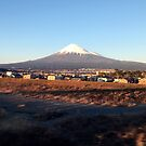 Mount Fuji, December 2014 : Photo Friday at meauxtaku.com by merimeaux
