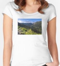 Scenic view of Mt Rainier in National Park WA State on a sunny day Women's Fitted Scoop T-Shirt