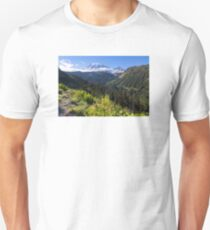 Scenic view of Mt Rainier in National Park WA State on a sunny day Unisex T-Shirt