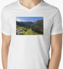 Scenic view of Mt Rainier in National Park WA State on a sunny day Men's V-Neck T-Shirt