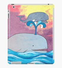 How Whales Have Fun iPad-Hülle & Klebefolie