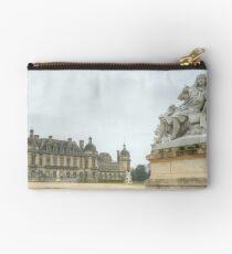 Chateau de Chantilly Studio Pouch