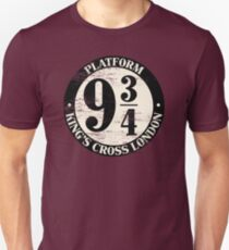 Platform 9 And 3 Quarters Distressed Variant Unisex T-Shirt