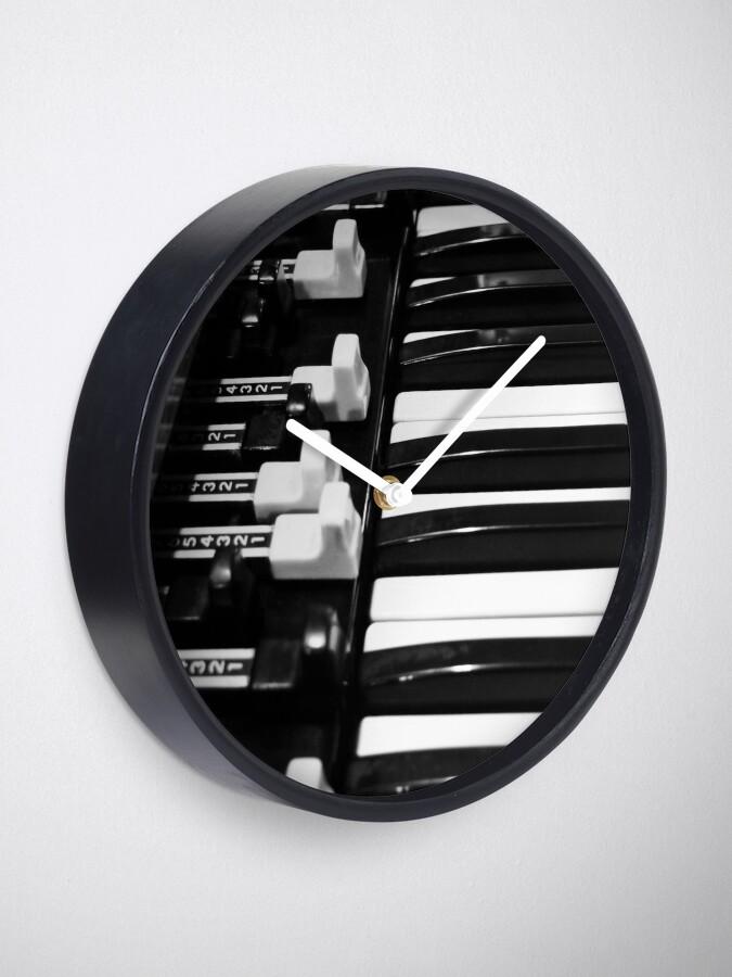 Alternate view of Hammond B3 Organ Clock