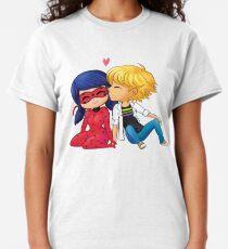 Chibi Ladrien Kuss Classic T-Shirt