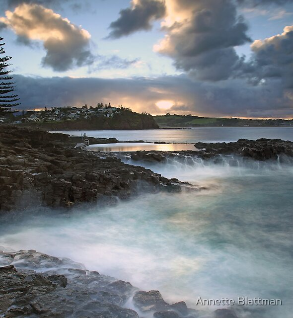 Kiama Coast by Annette Blattman