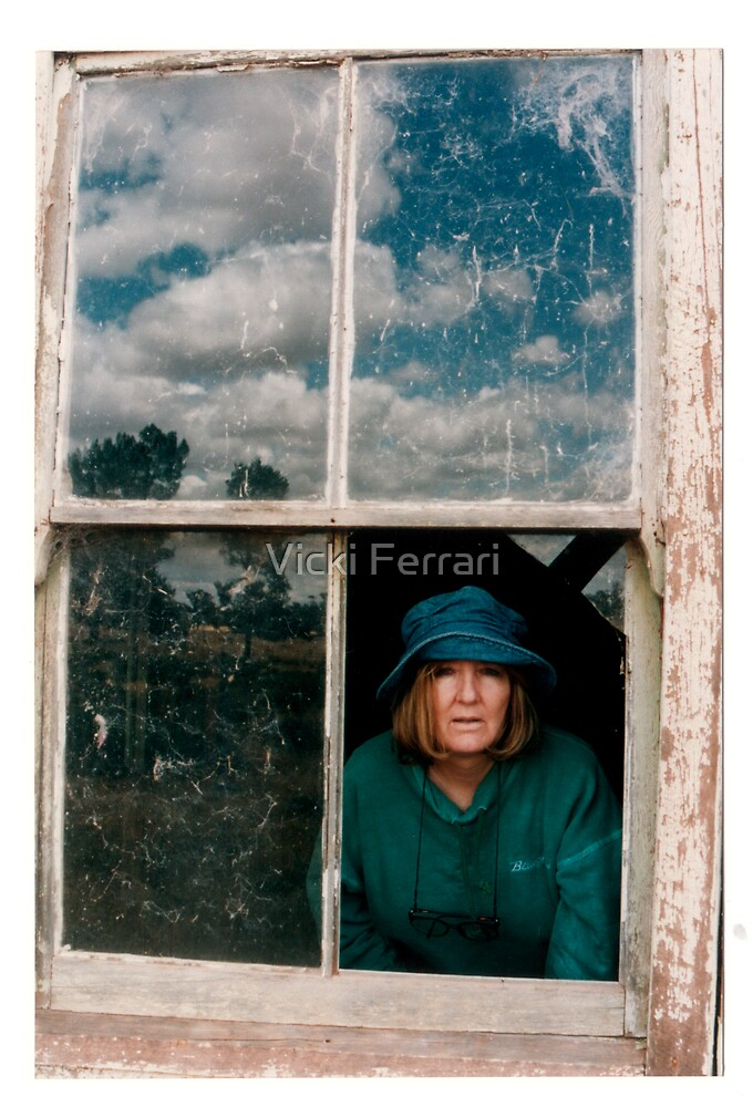 Beyond... © by Vicki Ferrari