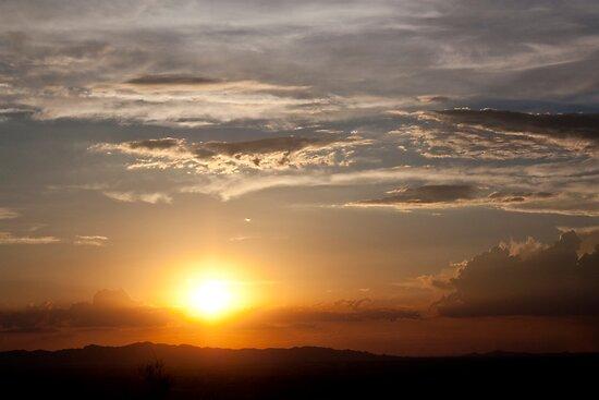 Desert Sunset by psnoonan