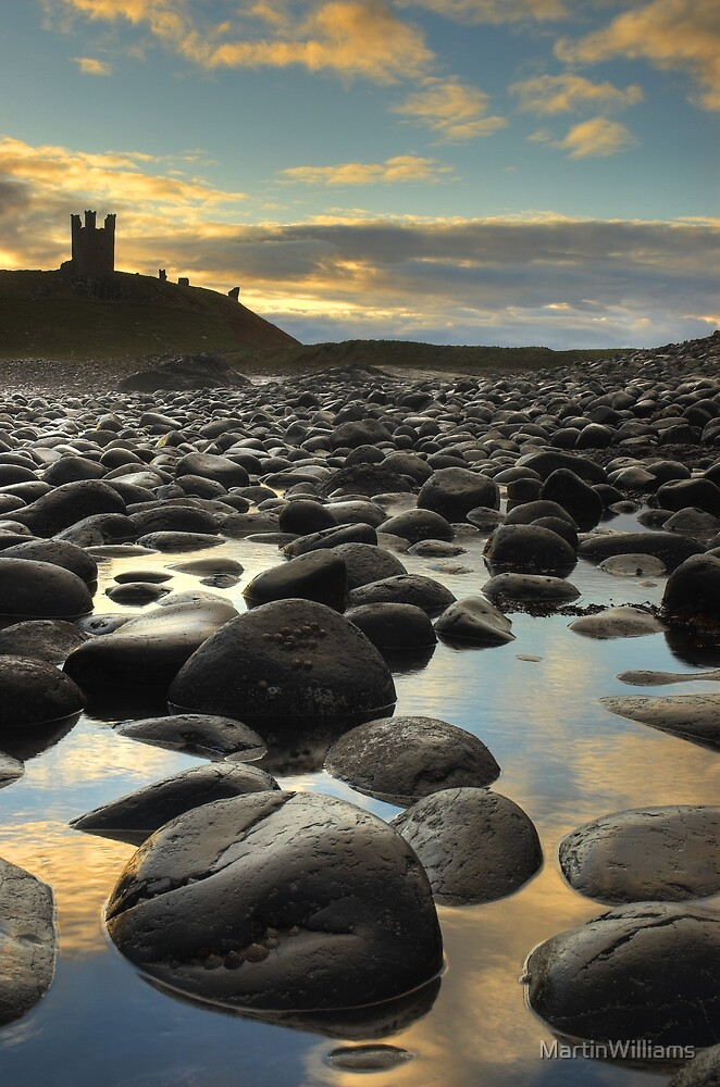 Dunstanburgh Castle, Northumberland by MartinWilliams