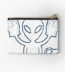 THIS ALIEN LOVES THE COLTS - ALIEN CHEERING THE COLTS DISTRESSED DESIGN Studio Pouch