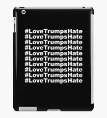 #LoveTrumpsHate iPad Case/Skin
