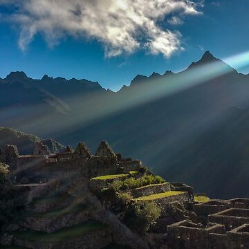 Sunrise at Machu Picchu by adrianabreuf