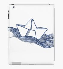 Schiff – dunkelblau iPad-Hülle & Skin