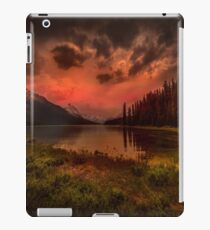 Maligne Lake, Canada iPad Case/Skin