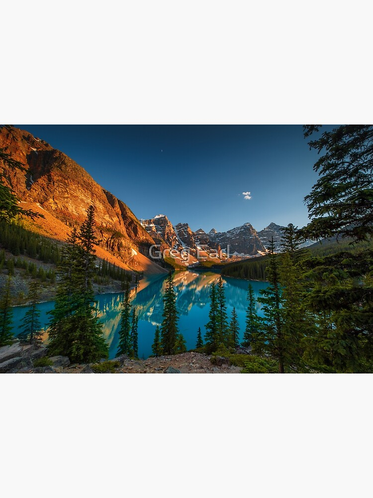 Moraine Lake - Canada by GregEarl