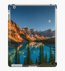 Moraine Lake - Canada iPad Case/Skin