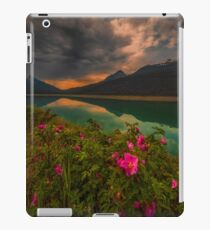 Medicine Lake - Canada iPad Case/Skin