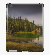 Maligne Lake - Canada iPad Case/Skin