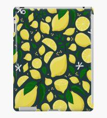 Summer lemons pattern on the black background iPad Case/Skin