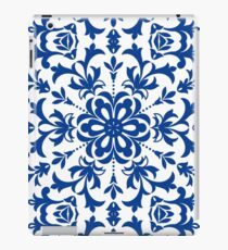 Ethnic Floral Kaleidoscope Pattern in Blue and White iPad Case/Skin