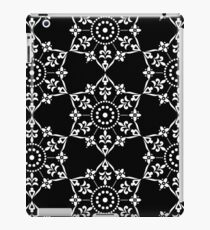 Ethnic Floral Kaleidoscope Pattern in Black and White iPad Case/Skin