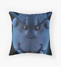 ant zoom Throw Pillow