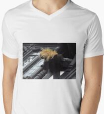 Donald Trump Visits Chester Men's V-Neck T-Shirt