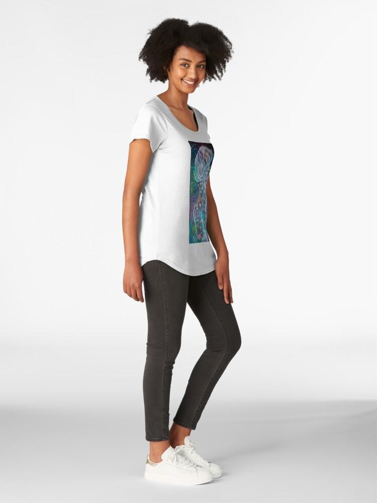 Vista alternativa de Camiseta premium de cuello ancho Espacio Medusas florales