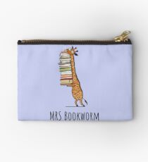 Funny Giraffe Holding a Stack of Books - Mrs Bookworm - Book Lover Gift, Phones Cases And Other Gift Studio Pouch