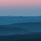 Blue Mountains, Sunrise by Silvia Tomarchio