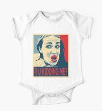 Miranda Singt R U Kidding Me? Baby Body Kurzarm