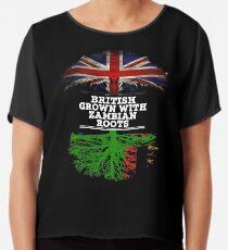Briten gewachsen mit Sambian-Wurzel-Geschenk für Sambian von Sambia - Sambia-Flagge in den Wurzeln Chiffontop